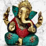 The charming Ganesha and the effervescent Saraswati