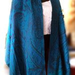 How to Buy Pashmina Scarves and Shawls?